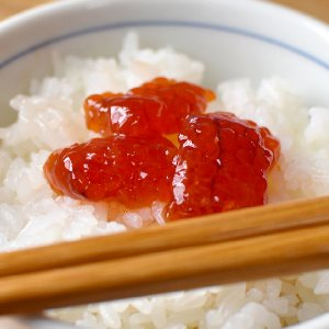 picture: salmon roe on rice
